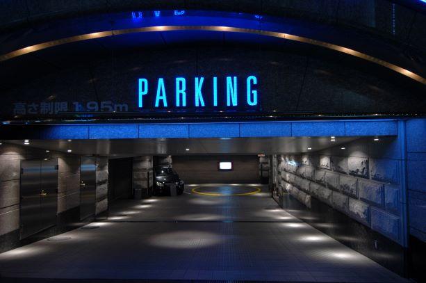 ホテルJ-MEXの駐車場
